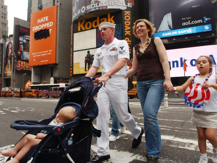 US_Navy_060526-N-4936C-007_Fire_Controlman_2nd_Class_Josh_Laven_strolls_through_Times_Square_with_his_family_in_New_York_City_during_Fleet_Week_New_York.jpg