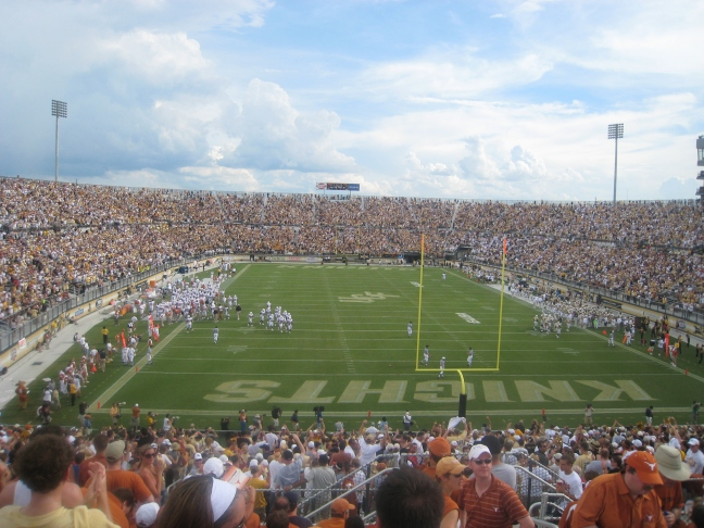 Texas_at_UCF_wide_view_from_endzone.jpg